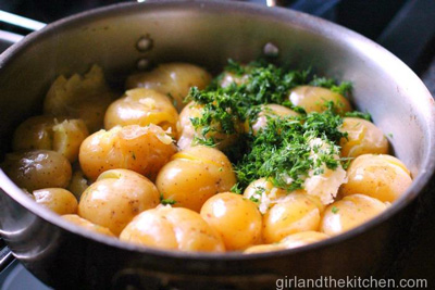 Garlic and Dill Pan-Roasted Taters photo 1