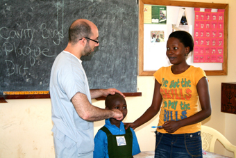 Teaching Uganda's Jewish children photo 1